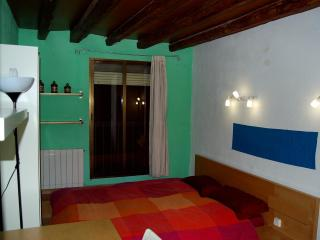 Double Room Gran Via - Sol - Callao (Green) - Madrid vacation rentals