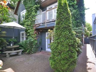 4 Bedroom Vancouver Duplex Steps To The Beach - Vancouver Coast vacation rentals
