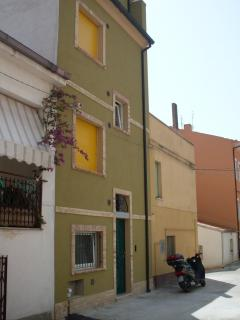 Bright Petacciato vacation Apartment with Television - Petacciato vacation rentals