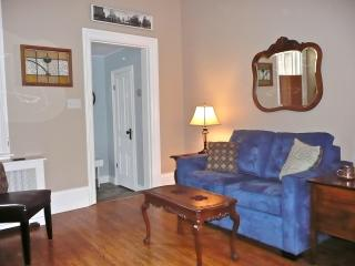 Lovely Condo with Internet Access and A/C - Stratford vacation rentals