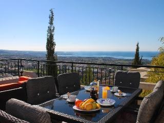 Villa Paros - Sunrise Dreams - Peyia vacation rentals