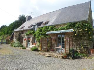 Country Cottage in St Hilaire du-Harcouet, Normand - Manche vacation rentals
