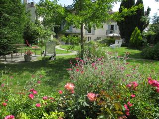 Gorgeous House with A/C and Central Heating - Montfort-l'Amaury vacation rentals