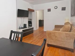 Perfect 2 bedrooms next to Times Square - New York City vacation rentals