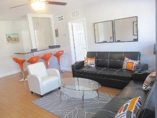 HEART OF SOUTH BEACH 2 BDRMS/2 BATHS. Great Location. SLEEPS 8. LENOX AVE 4 - Miami Beach vacation rentals