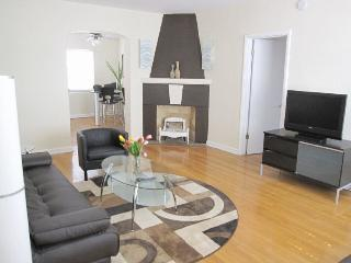 Charming 2 bedroom Condo in Miami Beach - Miami Beach vacation rentals