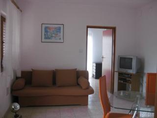 Cozy 2 bedroom Apartment in Novi Vinodolski - Novi Vinodolski vacation rentals