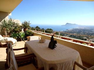 Altea (La Vella) lux apartment 4 persons, sea view - Altea la Vella vacation rentals