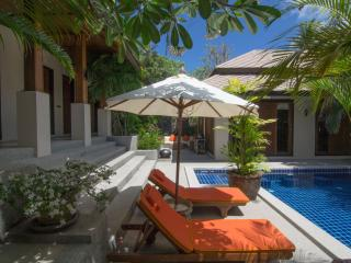 Peaceful Spa resort villa with tropical magic - Choeng Mon vacation rentals