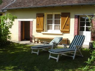 Beautiful House with Outdoor Dining Area and Swing Set - Jumilhac-le-Grand vacation rentals