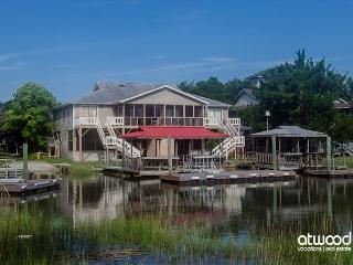 Bewitched - Pet Friendly Townhouse on Tidal Creek - Edisto Island vacation rentals