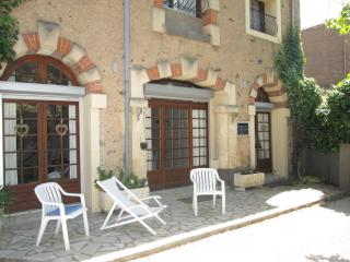 Charming 3 Bed Village House with Courtyard/Bessan - Bessan vacation rentals