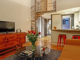 Lovely 1 bedroom Cape Town Condo with Internet Access - Cape Town vacation rentals