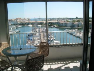 1 Bed Apart in Cap D'Agde with Pool & Port Views - Herault vacation rentals