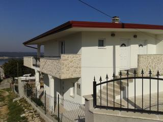Gorgeous Gornji Karin House rental with A/C - Gornji Karin vacation rentals