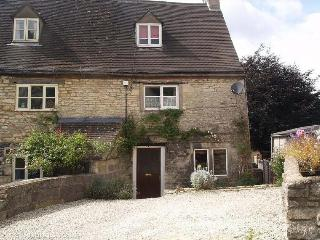 COMBE COTTAGE BRIMSCOMBE - Stroud vacation rentals