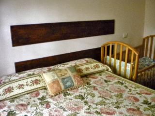 Cozy 1 bedroom Frontone B&B with Long Term Rentals Allowed - Frontone vacation rentals