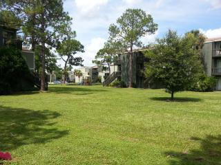 Beautiful Condo with A/C and Tennis Court - Winter Park vacation rentals
