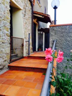 Lovely 3 bedroom Capolona House with Short Breaks Allowed - Capolona vacation rentals