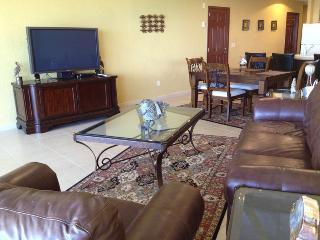 Sonoran Sun SW 404 - Puerto Penasco vacation rentals