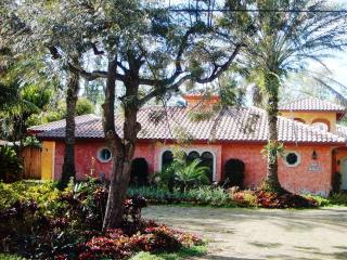 Charming Plantation Guest House - Plantation vacation rentals