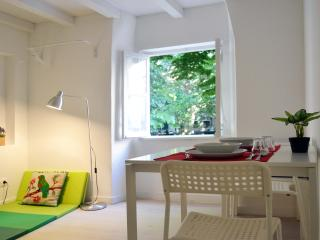 1 bedroom Condo with Microwave in Lisbon - Lisbon vacation rentals