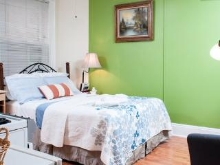 Beacon Studio/Next to State House - Boston vacation rentals