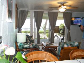 BEACHFRONT Condo on Quiet. SANDY Beach-OCEANFRONT - Hauula vacation rentals