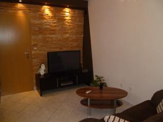 attractive studio apartment D - Split vacation rentals