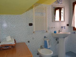 Convenient 5 bedroom Trani B&B with Short Breaks Allowed - Trani vacation rentals