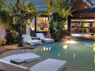 Best of Seminyak: beach & town - Seminyak vacation rentals