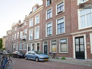 1 bedroom Condo with Internet Access in Utrecht - Utrecht vacation rentals