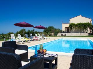 VILLA PALAZZOLA:Luxury staying between the sea and - Scicli vacation rentals