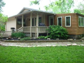 Country getaway just minutes from downtown Wichita - Kansas vacation rentals