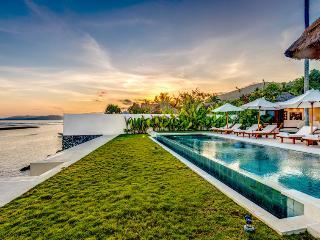 Cheap beachfront villa in Candidasa - Candidasa vacation rentals