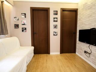 Cozy 2 Bedroom Rental in Time Square, Hong Kong - Hong Kong vacation rentals