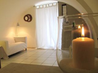 Romantic 1 bedroom Apartment in Monopoli - Monopoli vacation rentals