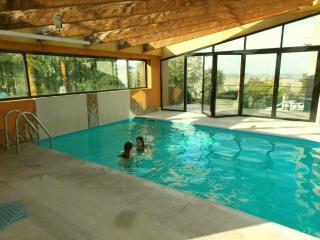 Bed & Breakfast La Torretta - Caterina - Tavullia vacation rentals