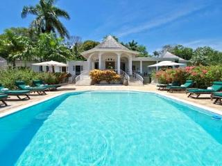 Nutmeg Villa, Pamper Yourself in Elegance - Jamaica vacation rentals
