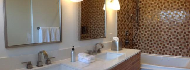 Master Bath - Twin Palms MidCentury Gem - Palm Springs - rentals