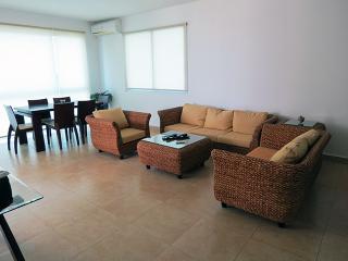 F3-7A.  2 bedroom Condo,  Panama Playa Blanca - Farallon vacation rentals