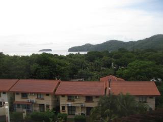 Costa Rica Two Story Apt - Sleeps 6 - Playas del Coco vacation rentals