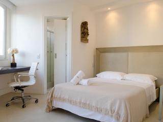 Beautiful 1 Bedroom Apartment in Ipanema - State of Rio de Janeiro vacation rentals