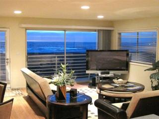 Modern Oceanfront 3 - Ocean Front condo with modern appliances just a few blocks from the Pier! - Hermosa Beach vacation rentals