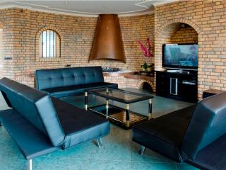 Gorgeous House with Wireless Internet and Television - Amsterdam vacation rentals