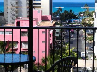 811WP LRG 1BR, Balcony Ocean View,Pool,1Blk to Beach - Waikiki vacation rentals