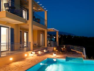 Lux Villa With Sea Views And Heated Infinity Pool - Sarlata vacation rentals