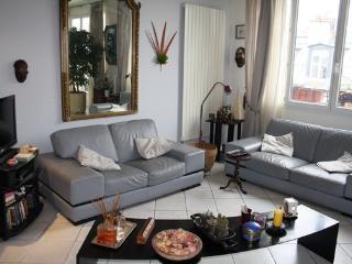 parisbeapartofit - Rue Amelot Oberkampf (218) - Paris vacation rentals