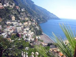 Gorgeous House with Dishwasher and Garden - Positano vacation rentals