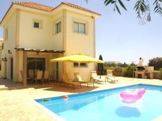 NEFLI VILL number 3 CENTRAL PROTARAS CLOSE TO LIDL - Protaras vacation rentals